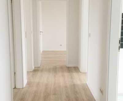 NEU....renovierte 3-Raum-Wohnung, mit Balkon zur Sonnenseite, in Eggesin zu vermieten
