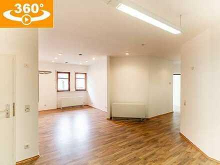 Interessant auch für Kapitalanleger: 5-Zi.-Whg. (137 m² Wfl.) mit 3 Garagen, zentral in Windecken
