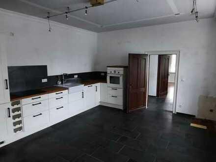 Erdgeschoss 3-Z-WG/Einbauküche/Gartenmitbenutzung