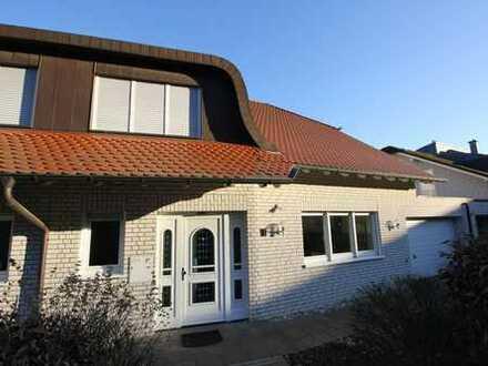 Atemberaubender Blick auf das Siebengebirge! Moderne Niedrigenergie-Doppelhaushälfte in Muffendorf