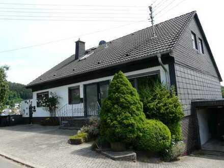 Nachmieter für attraktive, geräumige drei Zimmer Wohnung in Vulkaneifel (Kreis), Neroth gesucht.