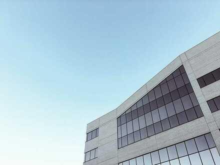 Gewerbehalle/Bürogebäude (Neubau), ca. 1000-2500 qm, direkt an der B317, beste Sichtlage, Ende 2021