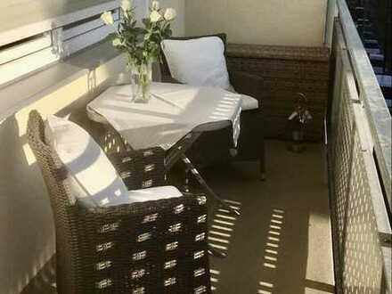 Luxuriöse 2 Zimmerwohnung mit Einbauküche und Balkon