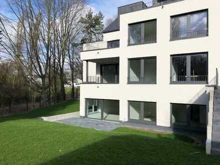 Gartenwohnung mit 4 Zim. und großer Terrasse