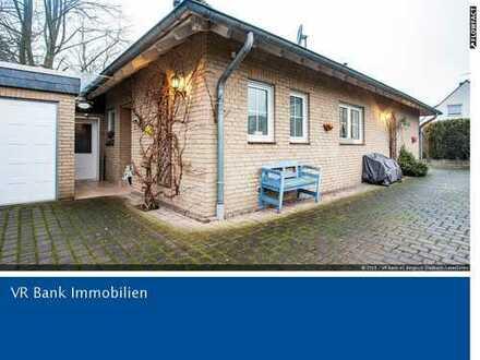 Freistehender Architektenbungalow in bevorzugter Wohnlage von Bergisch Gladbach - Gierath
