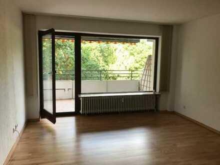Gepflegte 2-Zimmer-Wohnung mit Balkon und EBK in Bremen-Lesum