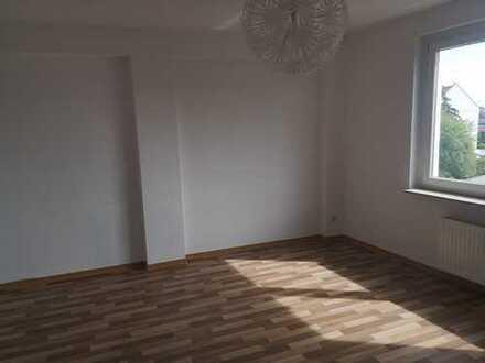 Schöne 3-Raum-Dachgeschoss-Wohnung in zentrumsnaher Lage in Burg