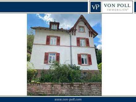 Historische Villa aus der Jahrhundertwende mit Ausbaureserve im Nebengebäude
