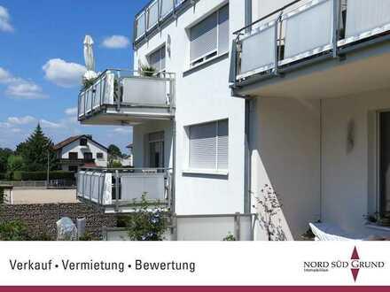 Top-Lage von Bühl. Grosszügige Wohnung. 4-ZKB ca.125 m² Wohnfläche. Einbauküche, Stellplatz, Balkon.
