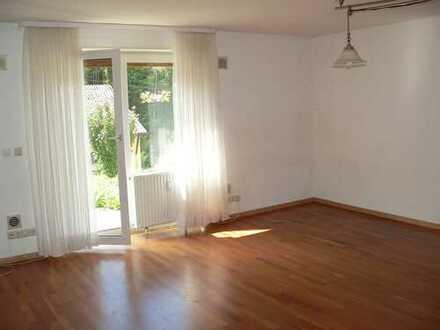 Neuwertige 2-Zummer-Wohnung mit Gartenterrasse in Schönau