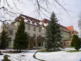 Repräsentative Geschäftsräume/Praxis/Büro im Schloss