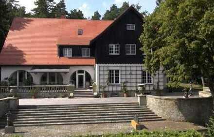 Repräsentative Villa am See in Premnitz