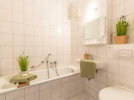 **geräumige 4-Raum Wohnung mit Balkon**