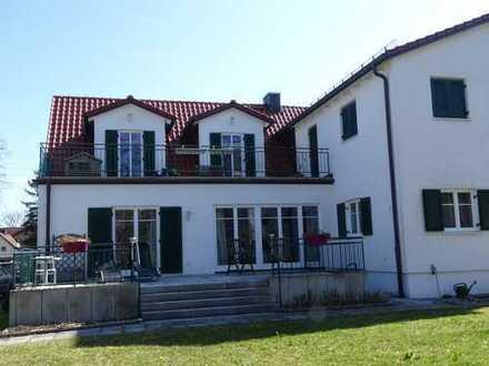 Großzügige EG-Wohnung in DHH in Germering, sofort beziehbar