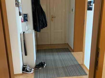 Schöne 2-Zimmer-Wohnung mit Einbauküche in Dresden