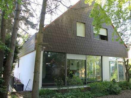 Architekronisch großzügiges Einfamilienhaus in ruhiger familiärer Wohnlage