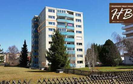 Großzügige 3-Zimmer Eigentumswohnung mit EBK und Aussicht vom verglasten Balkon