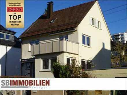 Reizvolles Einfamilienhaus in Zuffenhausen mit großem Garten und Erweiterungspotential