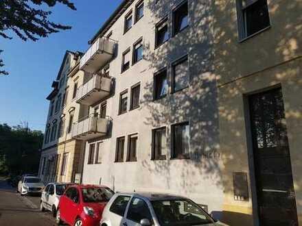 Tolle und großzügige DG-Wohnung im Zentrum von Bad Cannstatt