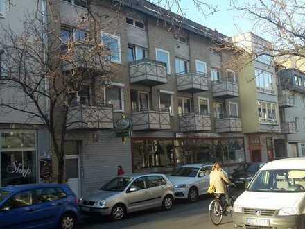 Erstbezug nach Sanierung mit Einbauküche und Balkon: attraktive 4,5-Zimmer-Wohnung in Braunschweig