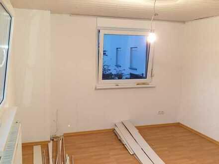 Sanierte 2,5-Zimmer-Erdgeschosswohnung mit EBK in Walsheim