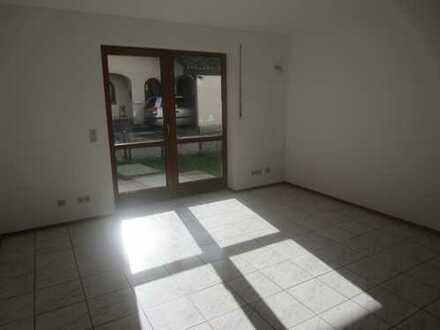 Appartement mit Garten und Terrasse