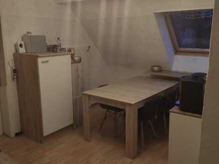 Ansprechende 4-Zimmer-DG-Wohnung mit EBK in Lichtenstein