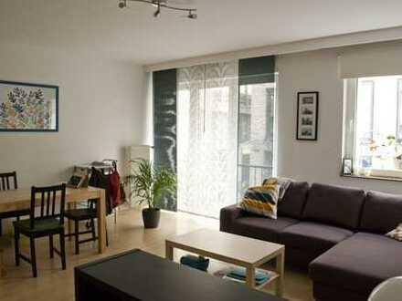 Geräumige und helle 3-Zimmer-Wohnung am Neumarkt