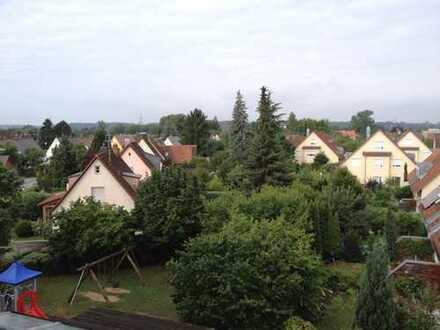KURZZEITVERMIETUNG - Exklusive 4-Zimmer-Penthouse-Wohnung mit 2 Balkonen und Einbauküche in Augsburg