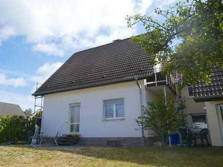 2,5-Zimmer-Mietwohnung  mit Terrasse und Kfz-Stellplatz