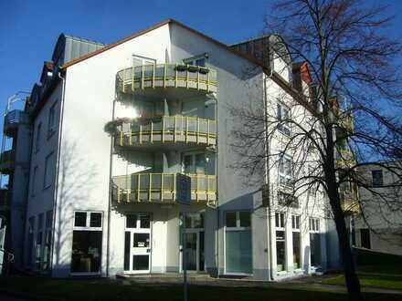 **tolle Wohnlage in Niederplanitz - schöne 2- Raum Wohnung mit Balkon und Stellplatz im 1. OG**