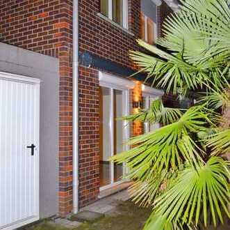 Sonnige Doppelhaushälfte mit gehobener Ausstattung und mediterranem Garten im Duisburger Süden