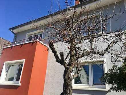 Seltene Gelegenheit-top saniertes 3 Familienhaus mit riesigem Potential in Bestlage von Feudenheim!