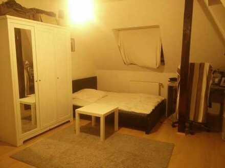 15qm Helles, Tolles zimmer in einen grösse Wohnung