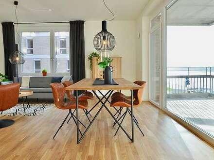 Einbauküche, Terrasse, Ankleidebereich, Abstellraum - was will man mehr.
