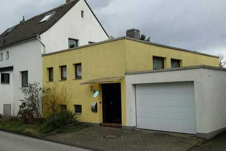 Familienfreundliches Haus mit großem Garten zum Arbeiten und Wohnen in Duisburg, Bissingheim