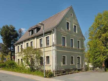 Entkernte Unternehmervilla mit viel Platz, auch aufteilbar oder Wohnen und Arbeiten unter einem Dach