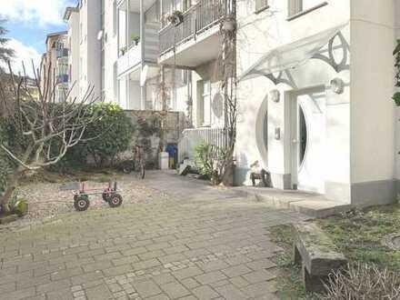 # Attraktive 3,5 Zi-Wohnung mit Süd-Balkon - kernsaniert
