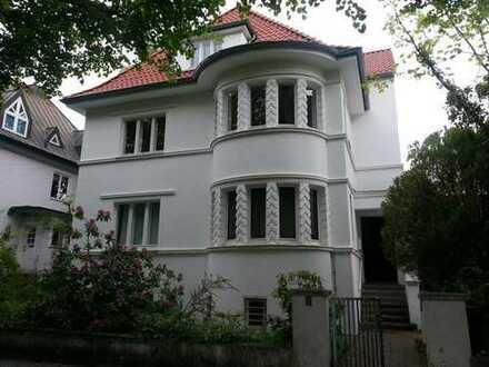 Zooviertel - Charmante Altbauwohnung mit Veranda in Villa mit Garten