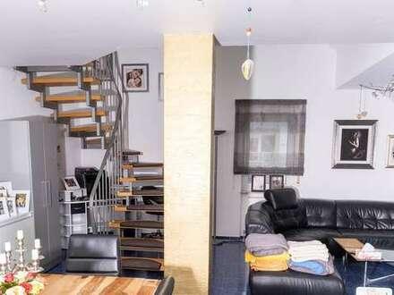 Sehr schöne geräumige 5-Zimmer Maisonette Wohnung