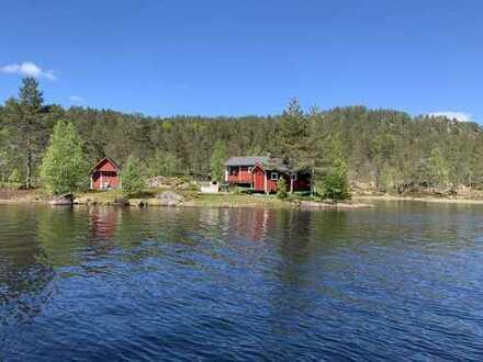 Wunderschönes Ferienhaus auf eigener Halbinsel umgeben von traumhafter skandinavischer Natur!