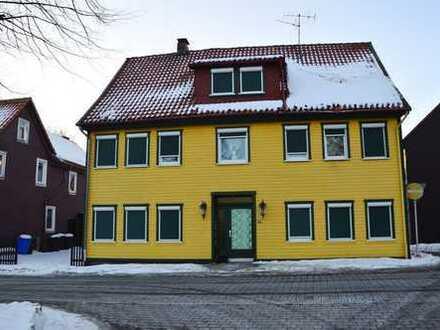 Mitten in St. Andreasberg erwartet Sie diese gepflegte Immobilie