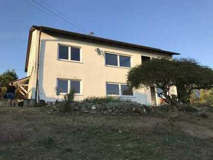 Einfamilienhaus mit Einliegerwohnung in Niederbergkirchen *provisionsfrei*