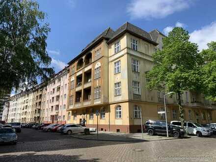 Ab Sofort! Im Hochparterre - Großzügige 4-Zimmer Altbauwohnung, Bad, Gäste-WC, Havelnähe