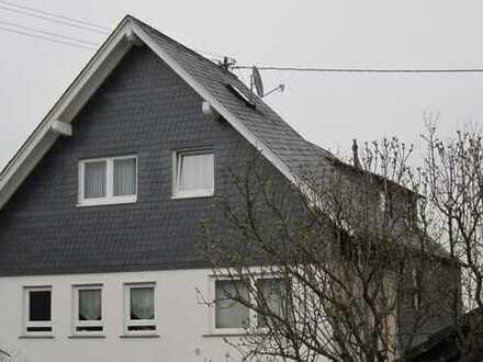 Doppelhaus-Hälfte 4-Zimmer mit Balkon, Garage-Keller-Raum, Nutz-Speicher in Rheinböllen