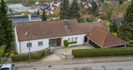 Freistehende Villa mit einem einmaligen Ausblick in Künzelsau!