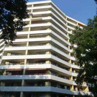 Gepflegte, sonnige 3-Zimmer-Wohnung mit Balkon und Einbauküche in Hannover-Bothfeld