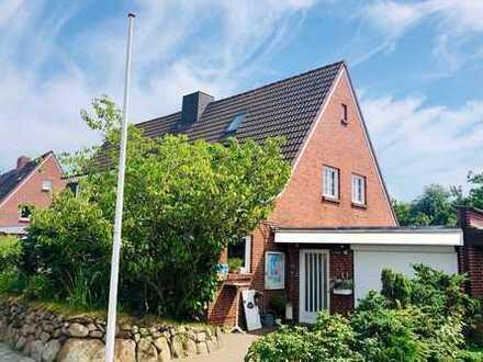 Doppelhaushälfte mit Garage und Südgarten nahe dem Lister Ellenbogen