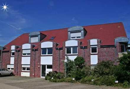Helle, geräumige 4 Zimmer OG-Wohnung, nur mit Wohnberechtigungsschein zu vermieten.