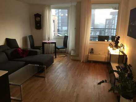 Helle möblierte 2 Zimmer Wohnung in Hamburg Mitte mit Südbalkon und Vollbad